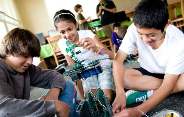 Top STEM Scholarship Opportunities