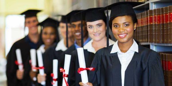 Best Scholarships for Hispanic Women