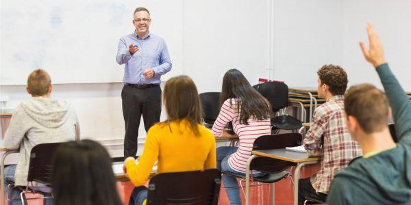 Best Scholarships for Teachers
