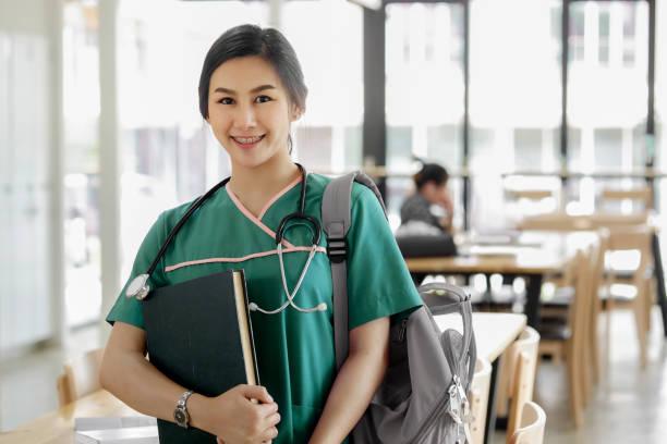 Nursing School Scholarships for Older Students