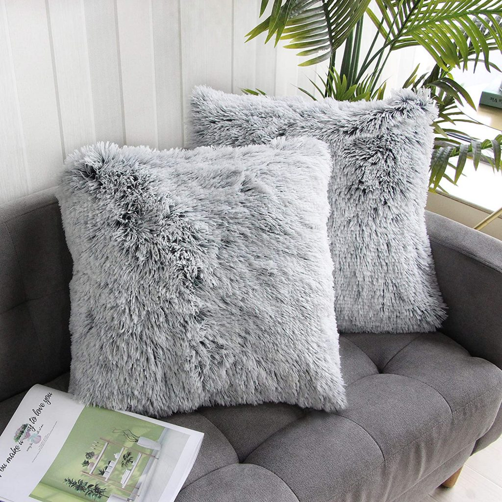 Uhomy Dorm Pillows with Two Sets