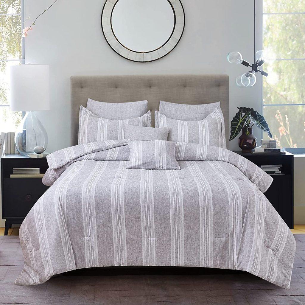 Nelaukoko Comforter Set with 1 Pillow Sham
