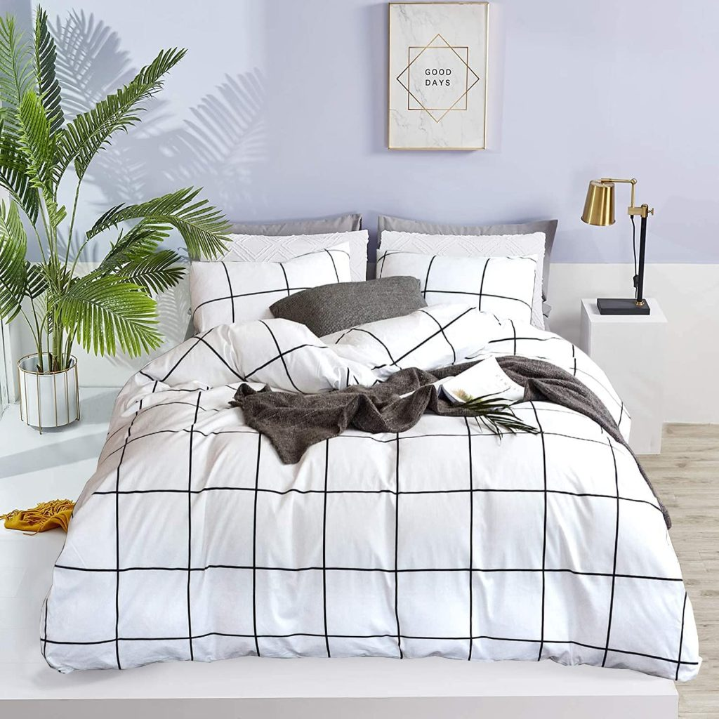 Wellboo White Plaid Comforter Sets with Different Shades
